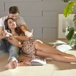 30代カップルの付き合い方|デートと連絡の頻度、結婚の問題も解説