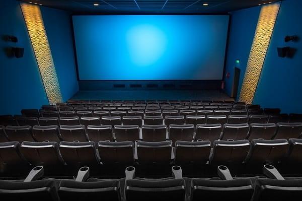初デートで選ぶ素敵な映画館の画像。成功デートになるように期待している。