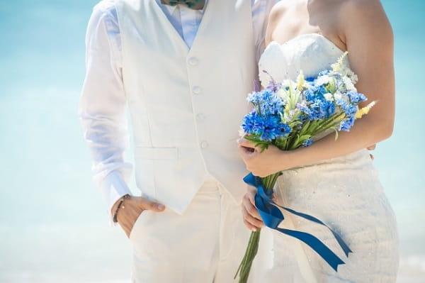 長年付き合った彼氏が結婚した。その結婚式の様子。